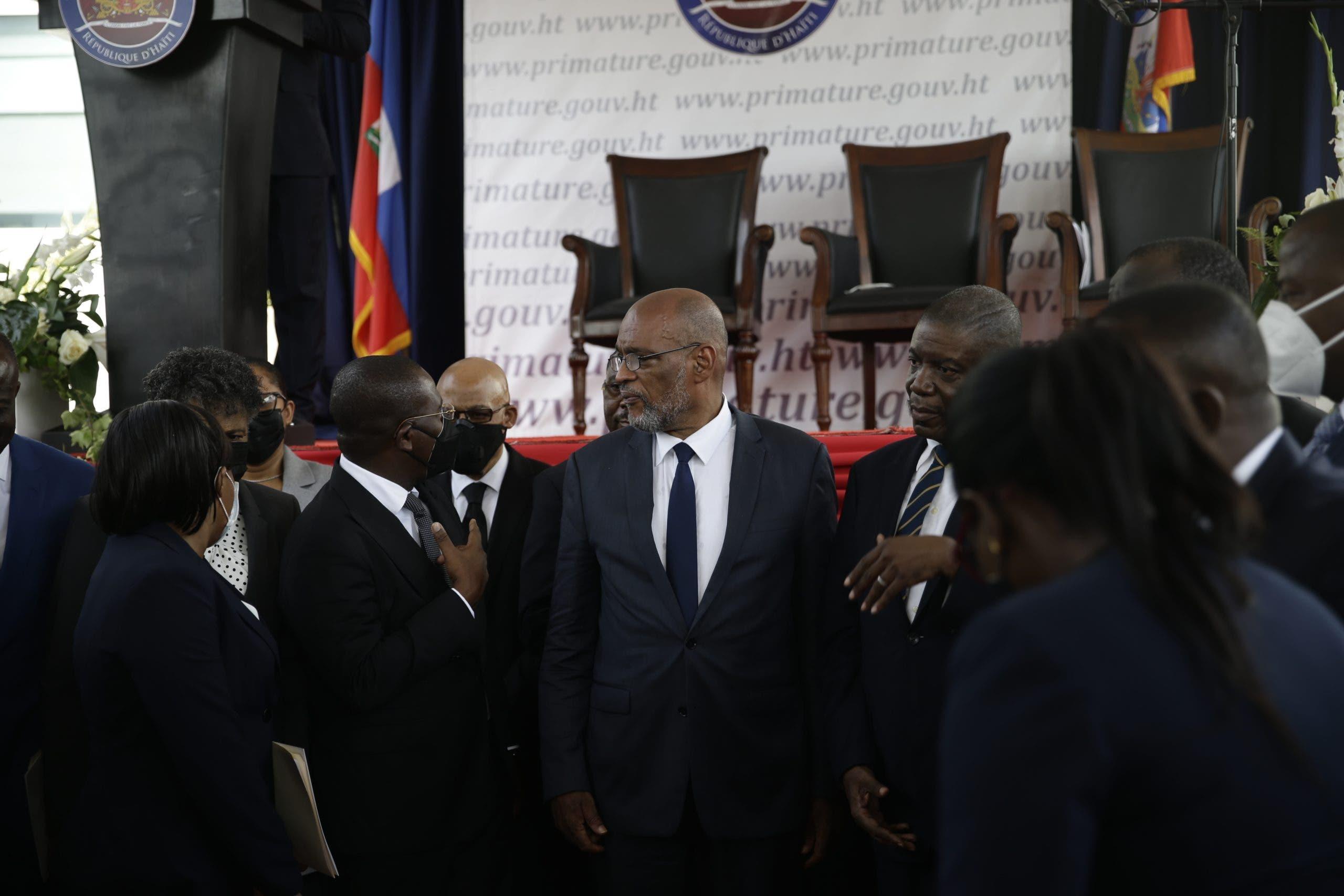 La tensión política aumenta en Haití con ceses y dimisiones de altos cargos