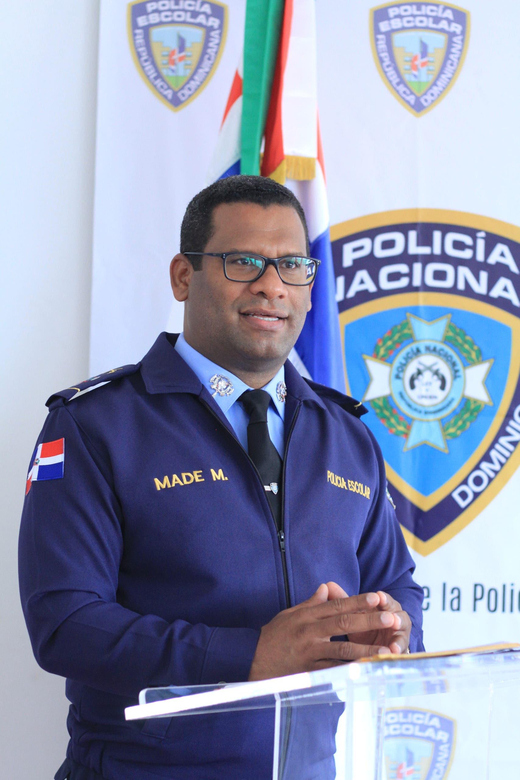 Policía Escolar lista para proteger comunidad educativa