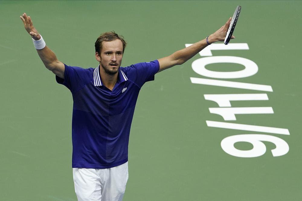 Medvedev tumba la ilusión de Djokovic por el Slam en US Open