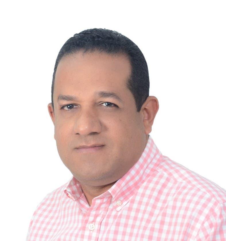 Exdirector de Turismo pondera el trabajo que realiza Politur en Punta Cana