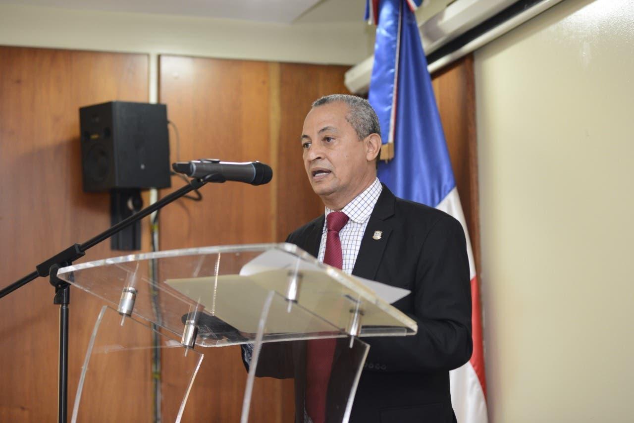 Diputado Pedro Martínez pide apoyar la pequeña y mediana empresa