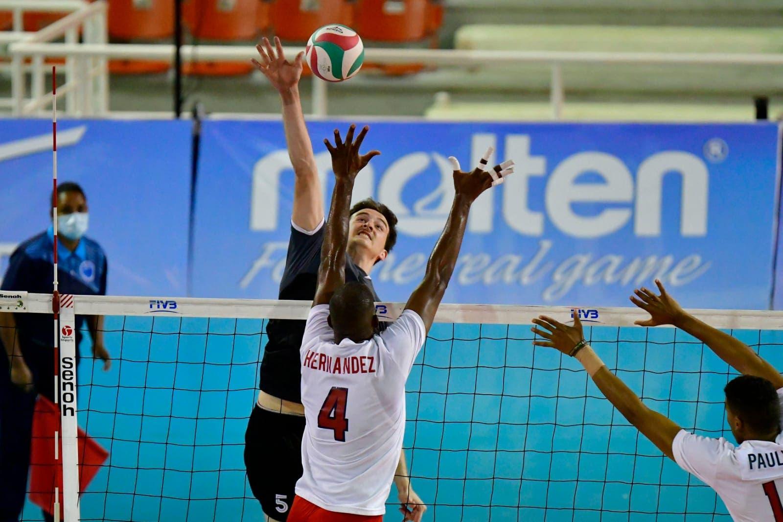 Canadá derrota a República Dominicana y mantiene invicto 4-0