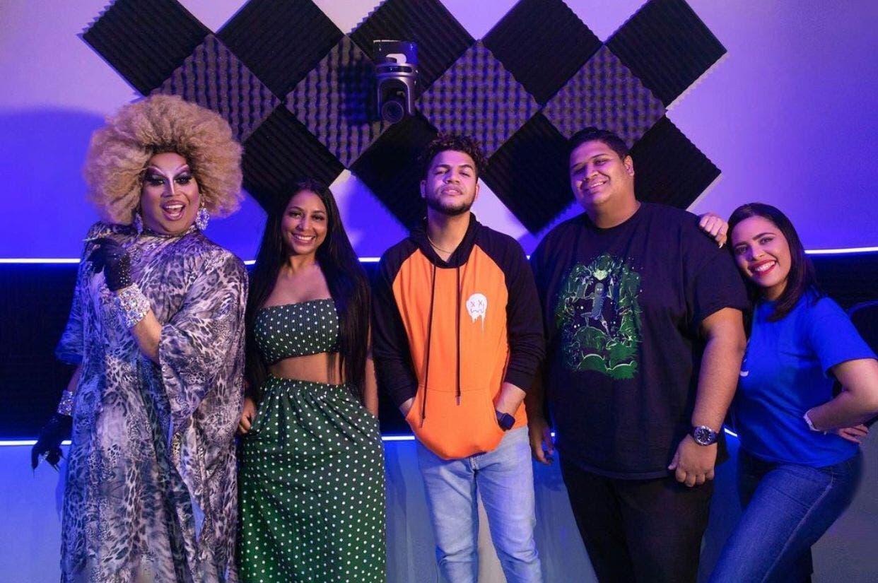 Luinny Corporán agranda su show; integra cuatro panelistas