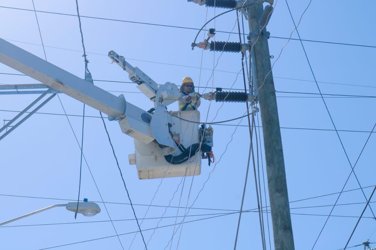 ETED restablece línea de transmisión Pimentel-Nagua