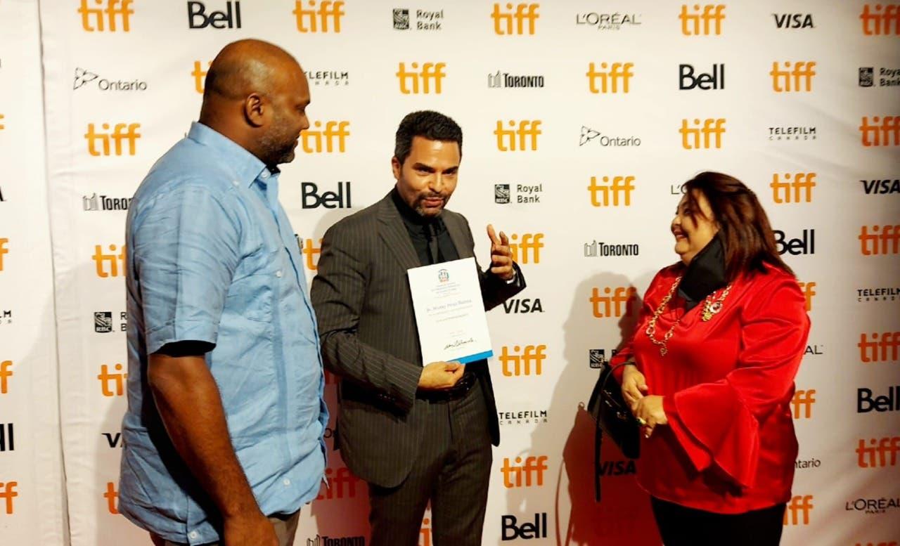 Consulado dominicano en Toronto reconoce al actor Manny Pérez