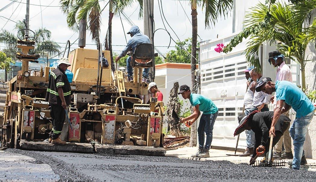 Obras Públicas inicia Plan de Asfaltado en las provincias Samaná y María Trinidad Sánchez