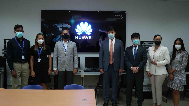 Inauguran Academia TIC de Huawei en el Instituto Tecnológico de Las Américas