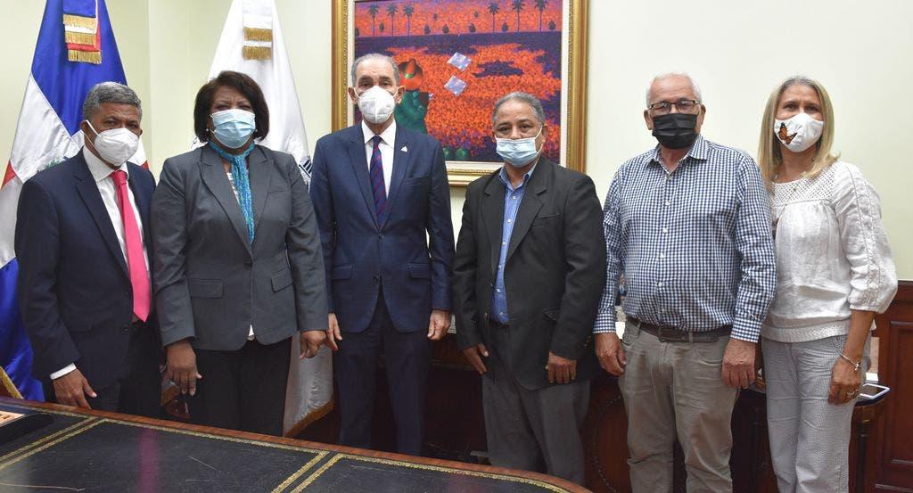 Ministro de MESCYT y el CDP dan seguimiento a los acuerdos interinstitucionales