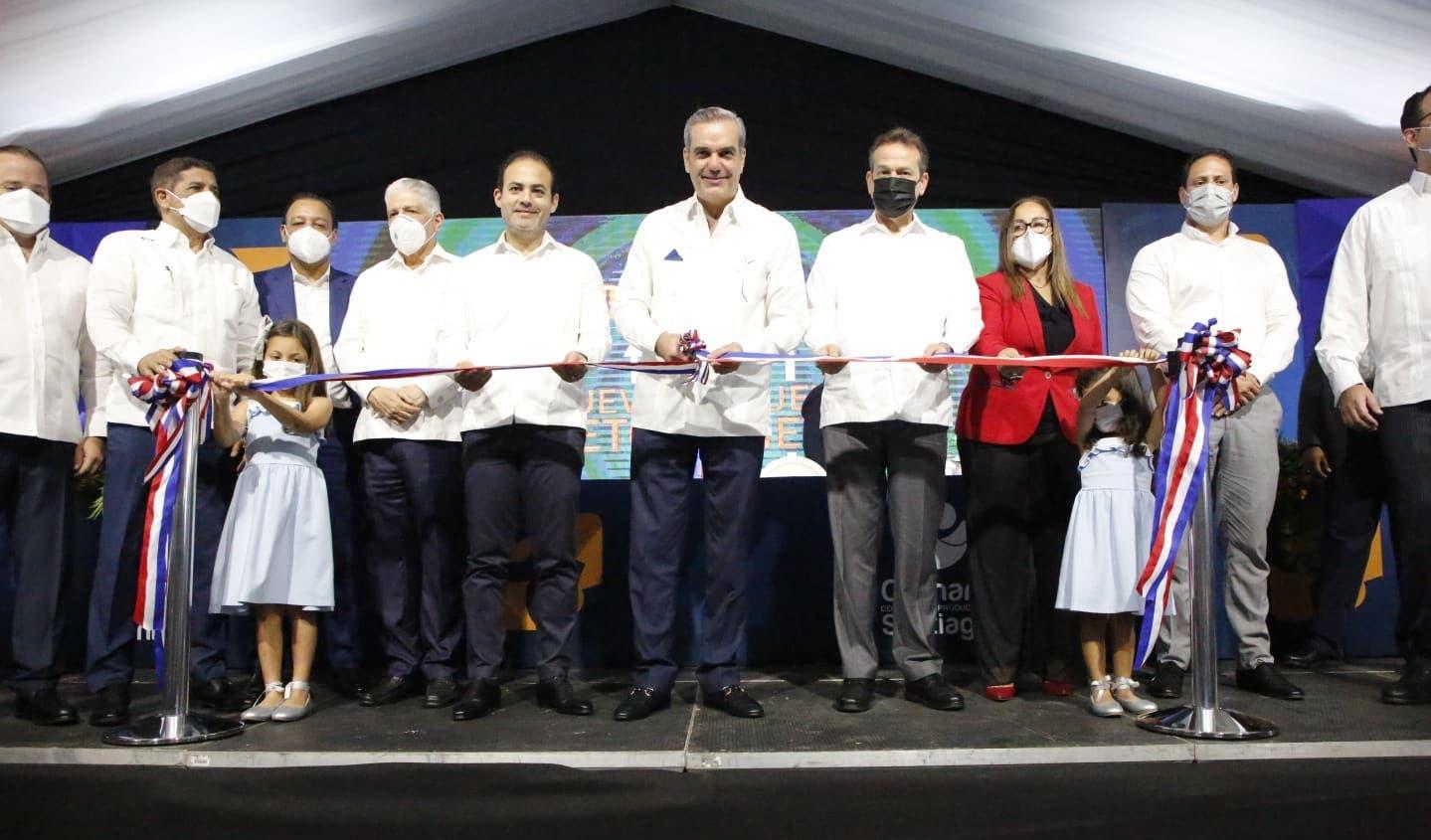 Presidente Abinader lanza proyecto Santiago 2025 con una inversión de RD$42 mil millones