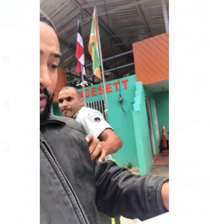 Sancionarán agente de Digesett que agredió a un conductor en Sosúa, Puerto Plata