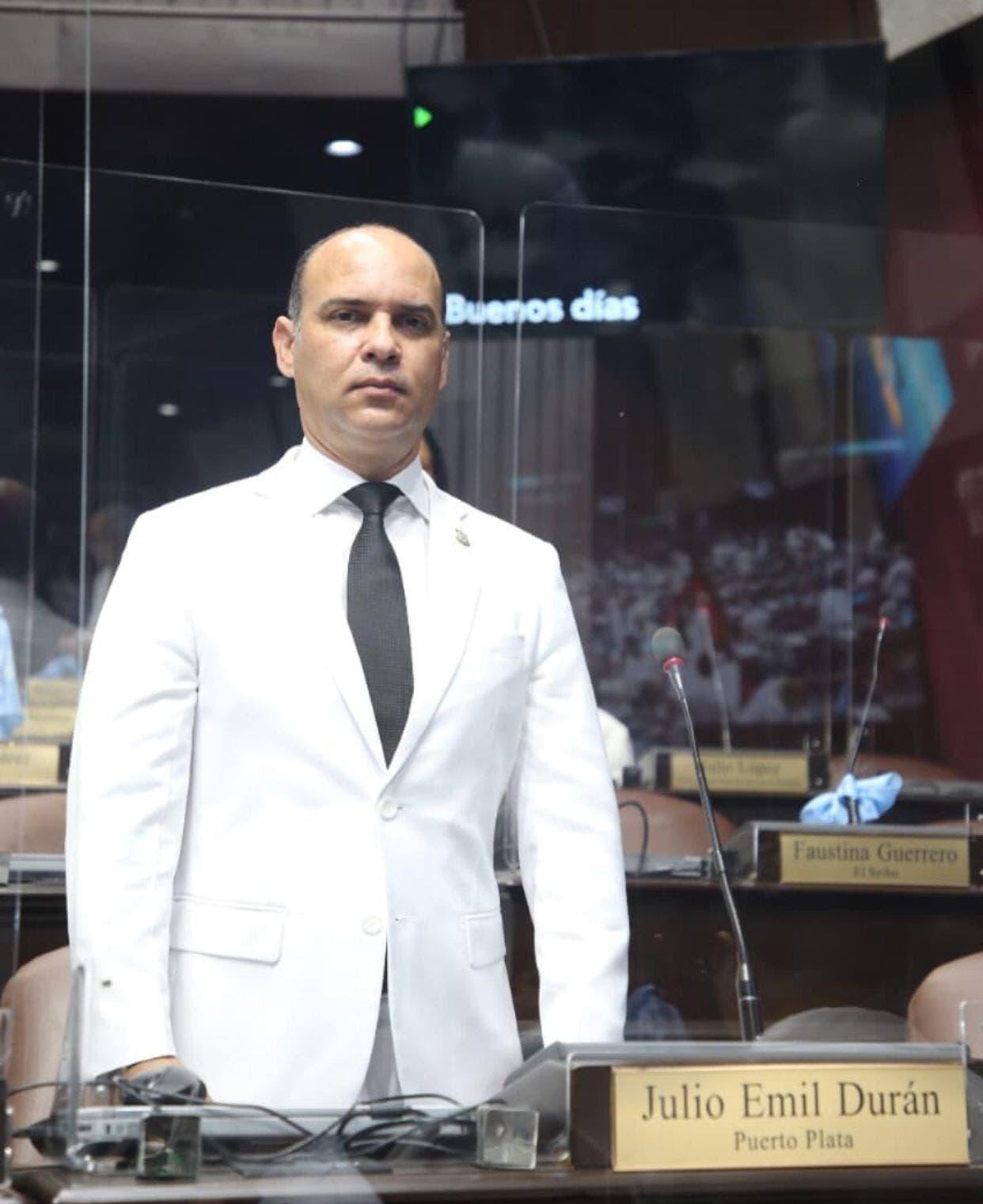 Diputado por Puerto Plata solicita construcción de un comedor económico