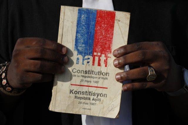 El borrador de la Constitución de Haití no permite la reelección consecutiva