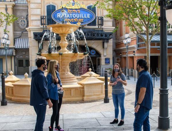 Disney celebra Mes de la Herencia Hispana tributando a sus empleados latinos