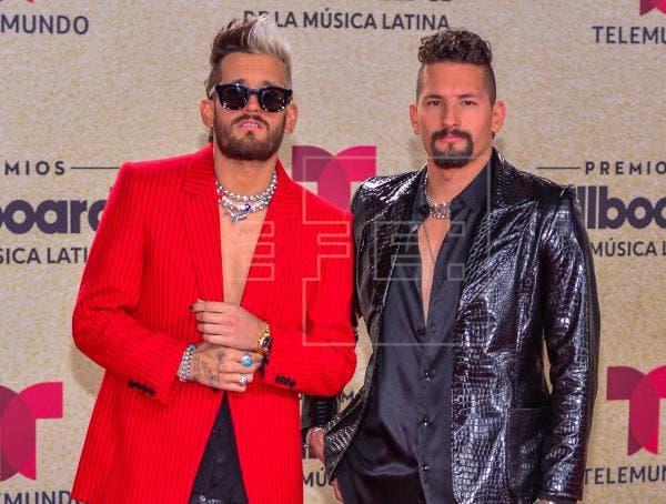 Elegancia sensual e innovación en la alfombra roja de los Billboard latinos