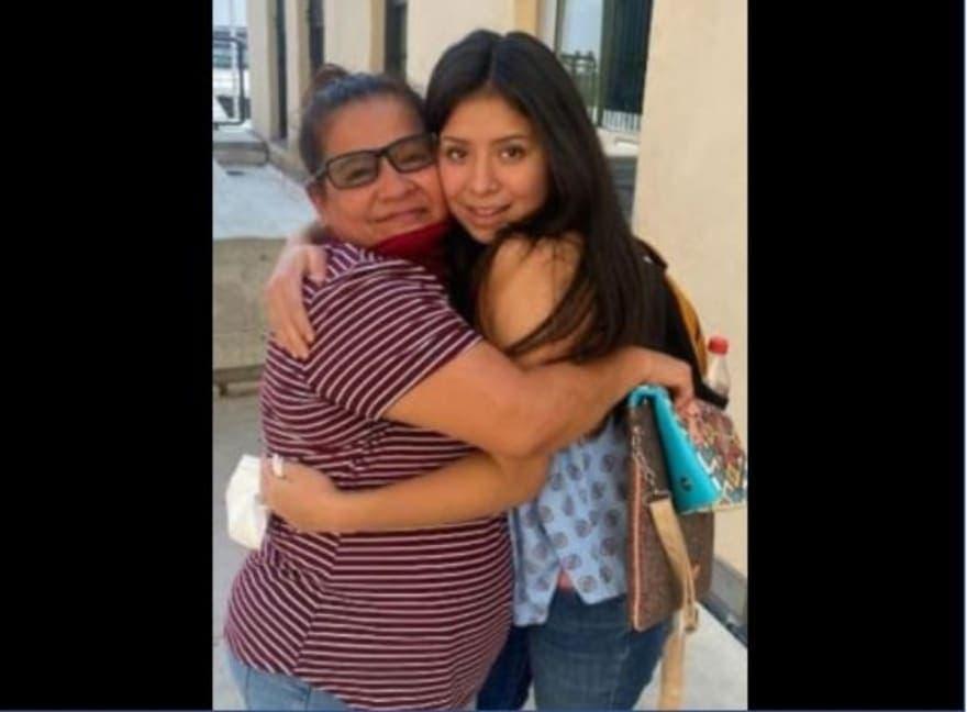 Mexicana e hija juntas gracias a redes sociales tras 14 años de un secuestro