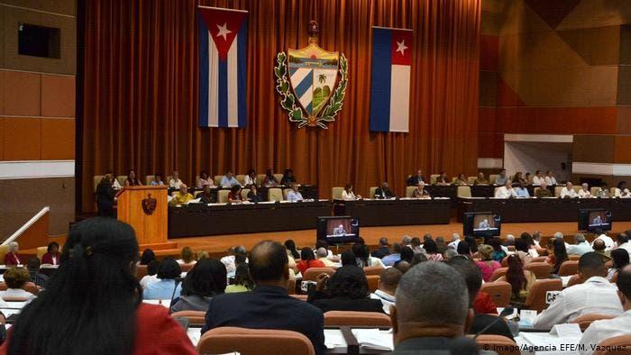 Cuba se opone al próximo debate del Parlamento Europeo sobre DDHH en la isla