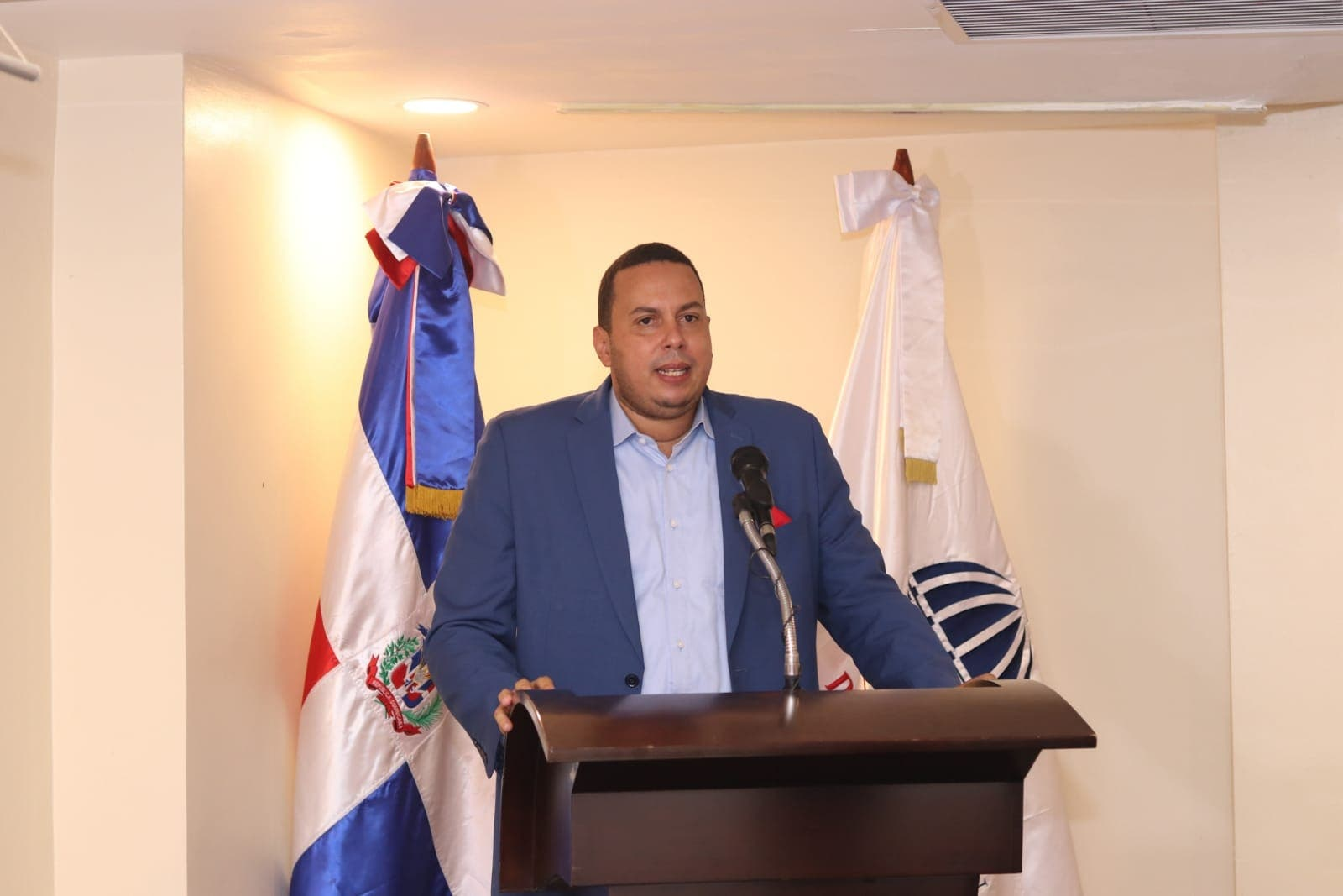 Regidor Manuel Núñez presidirá comité organizador torneo navideño