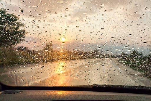 Meteorología prevé lluvias para esta tarde por onda tropical y vaguada
