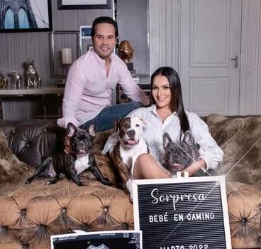 Tueska anuncia que espera su primer hijo