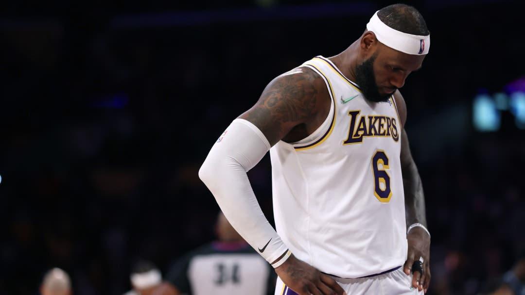 LeBron James es baja de Lakers ante Spurs por molestias en el tobillo derecho