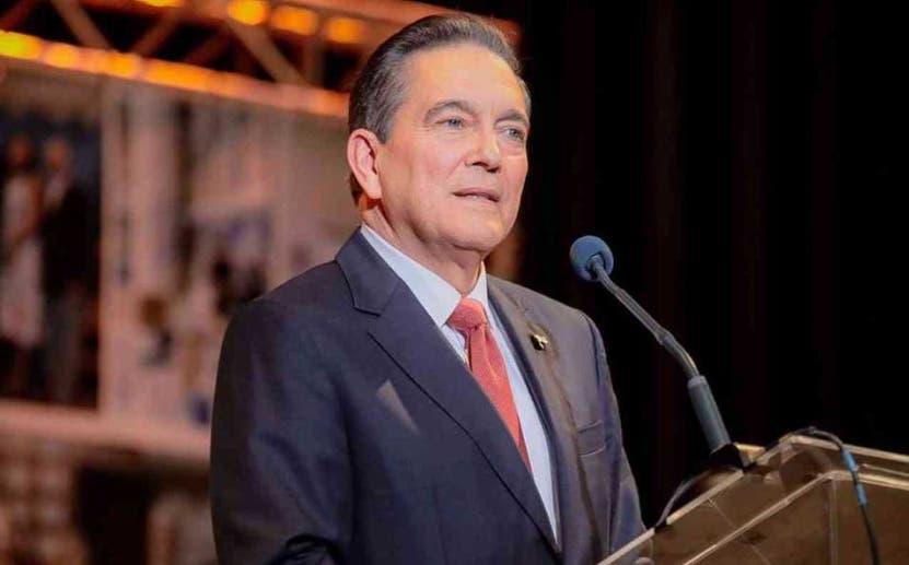 Luis Abinader asiste a cumbre en  Panamá