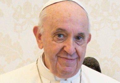 Papa pide un mejor trato a inmigrantes