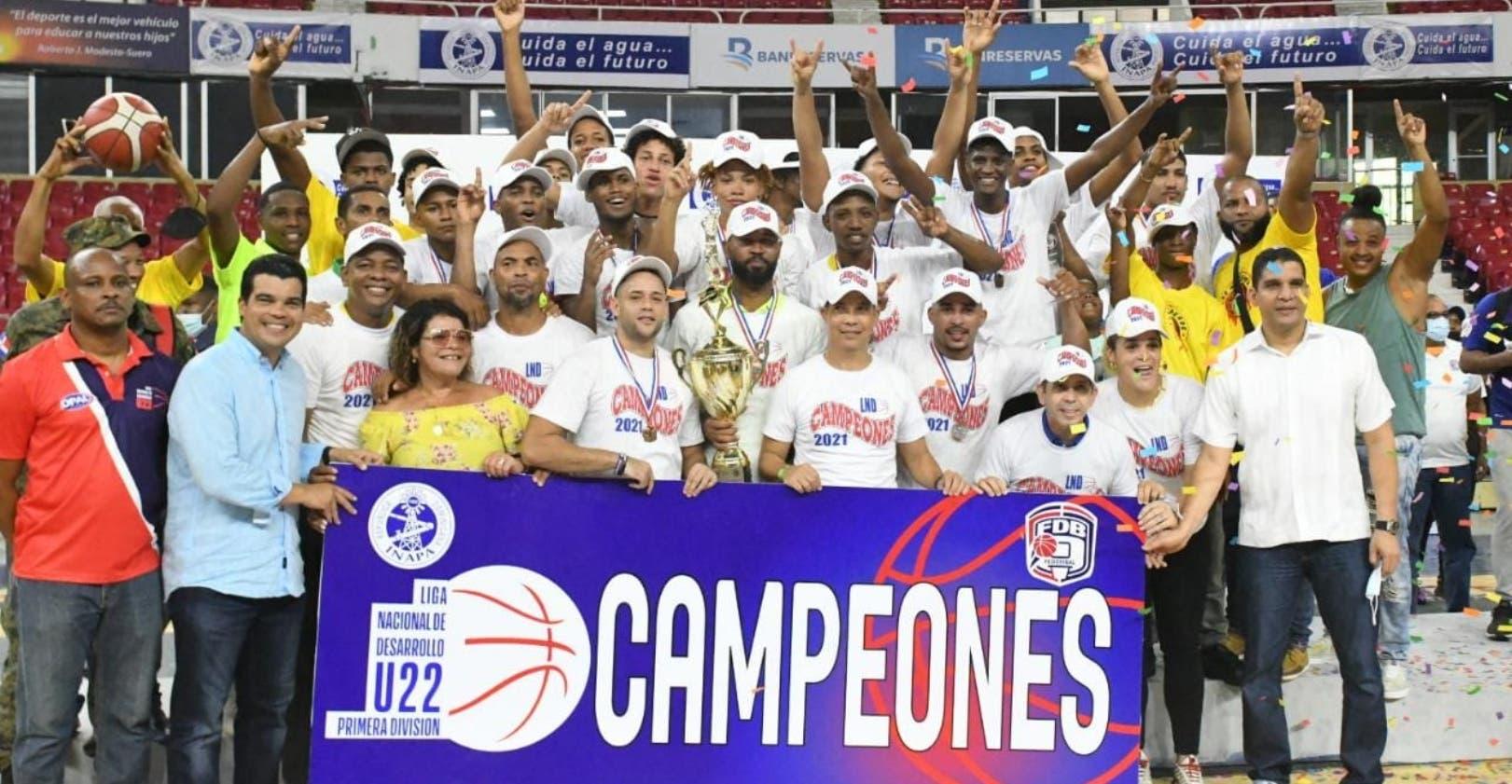 Areperos,  campeones torneo básket Sub-22