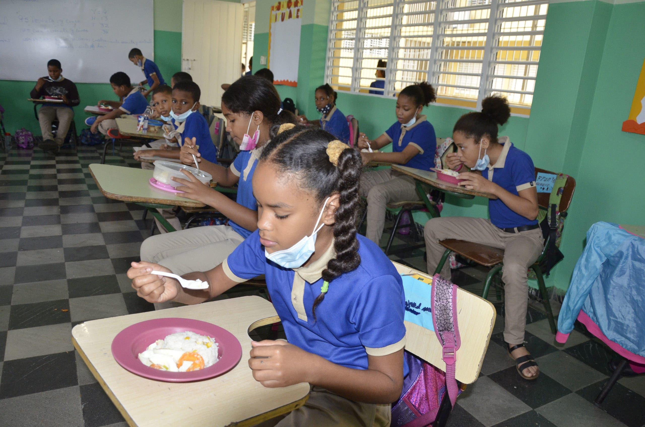 Así fue el primer día de entrega del almuerzo escolar para la Jornada Extendida/ Fotos: José de León