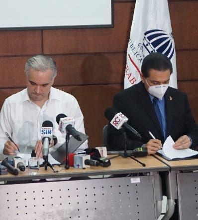 Gobierno, CMD y ARS anunciaron acuerdo