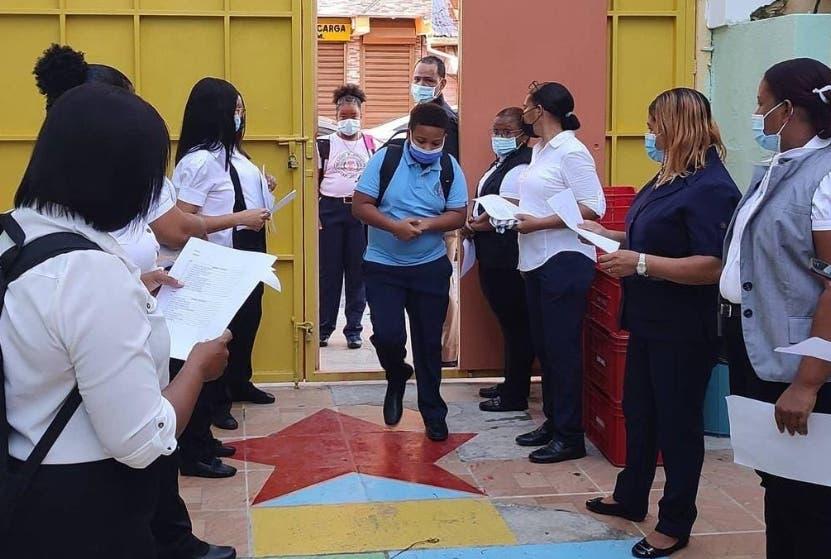 Escuelas piden monitoreo y PCR control Covid