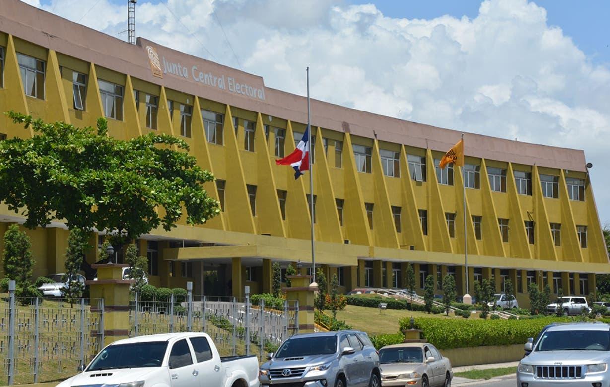 JCE fija inicio precampaña para el 2 de julio del 2023
