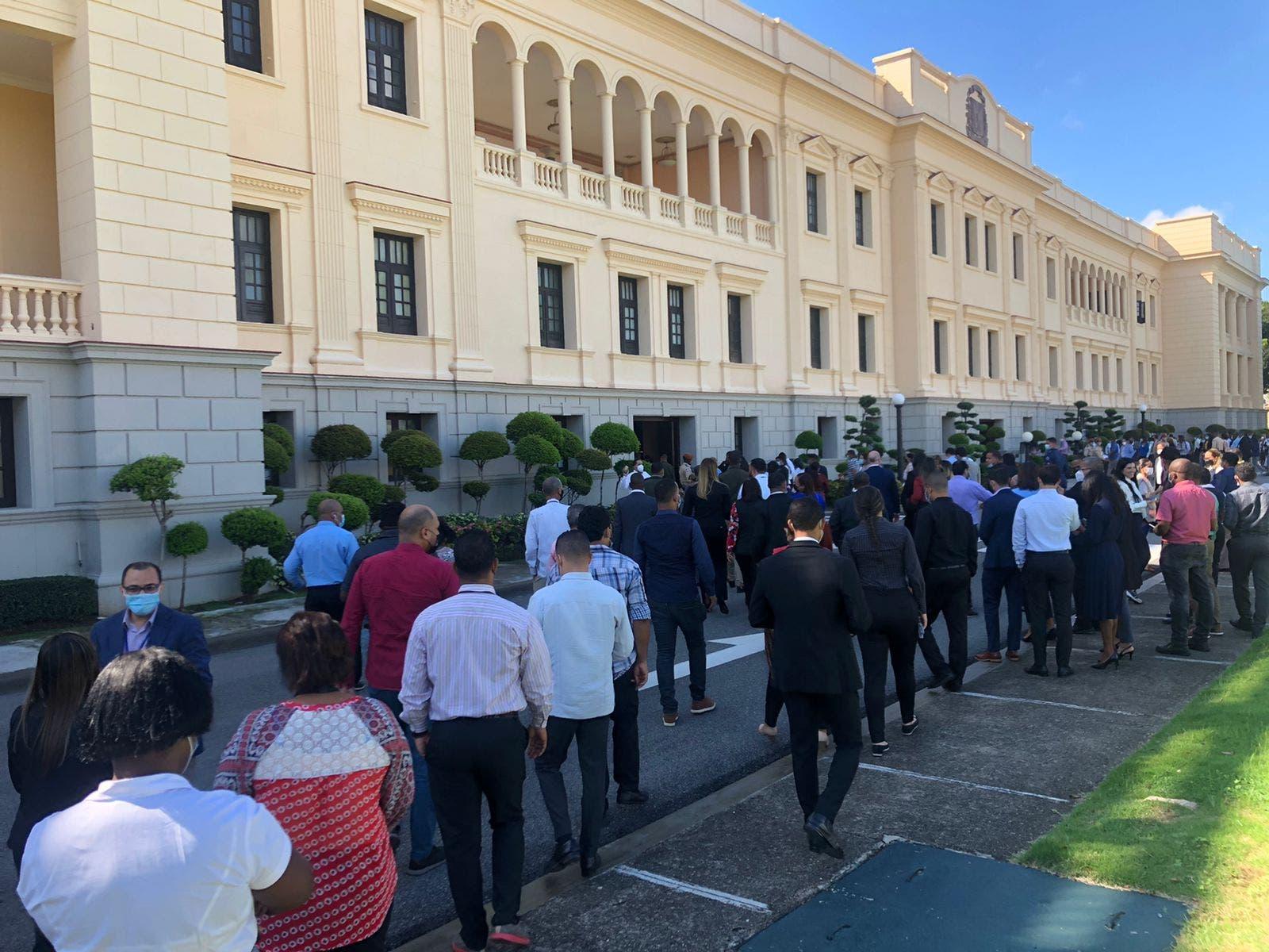 Labores en el Palacio Nacional se detienen por simulacro de terremoto