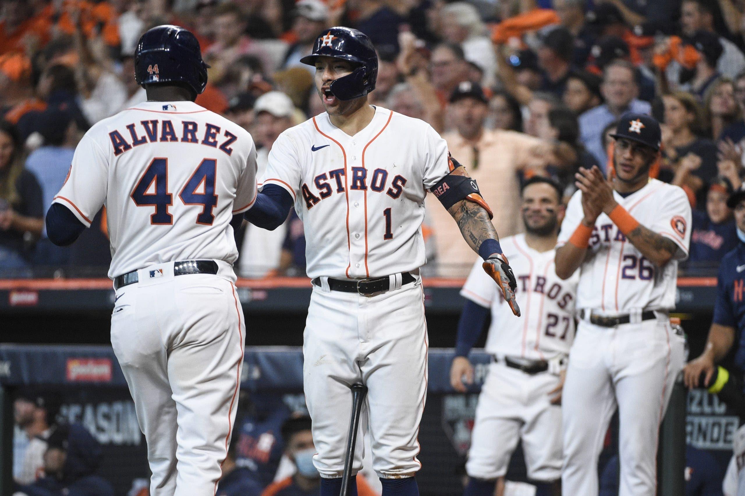 Con brillante labor de McCullers Jr. y Álvarez dan a Astros primer triunfo en Serie Divisional