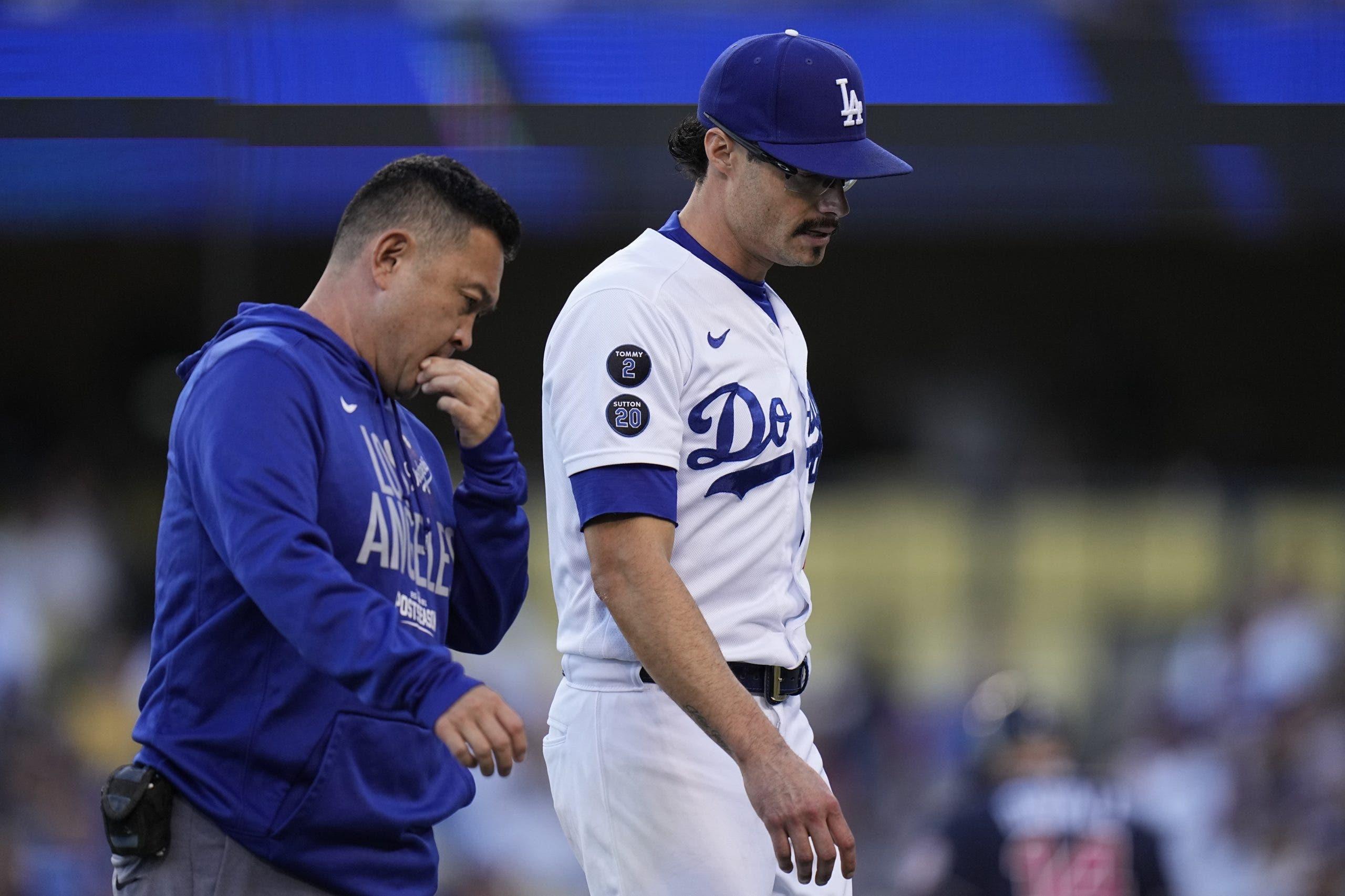 Joe Kelly abre por Dodgers, permite jonrón y se lesiona