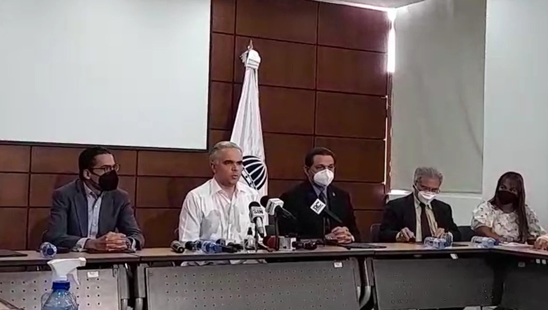 Colegio Médico llega a un acuerdo con el Gobierno y las ARS