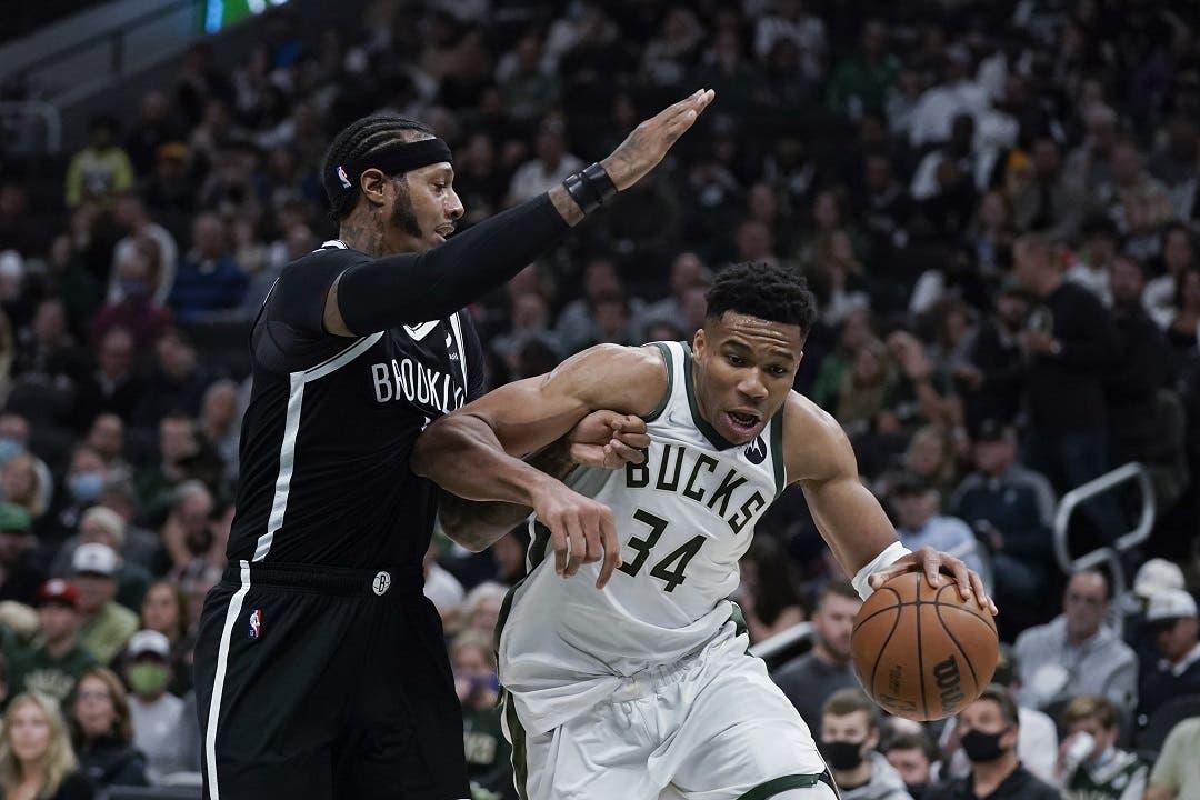 Bucks muestran que son los campeones defensores; Warriors, mejores que Lakers