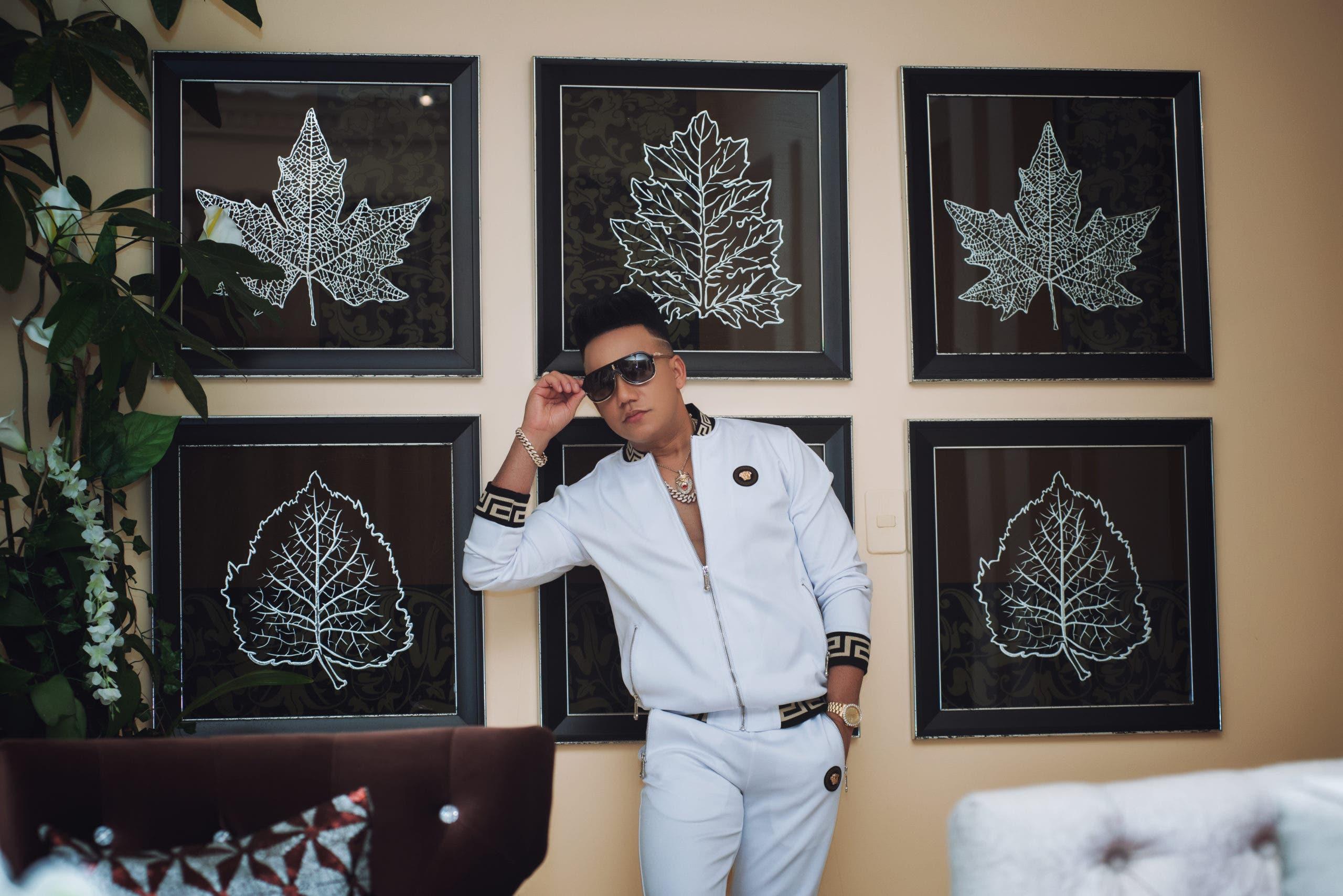 """Conciertos """"sold out"""" caracterizan la gira de Elvis Martínez por EE.UU."""