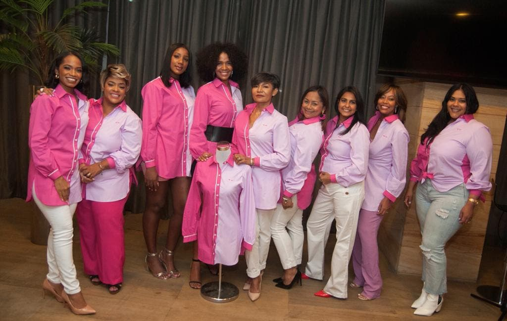 Recaudan fondos para apoyar pacientes que luchan contra cáncer de mama