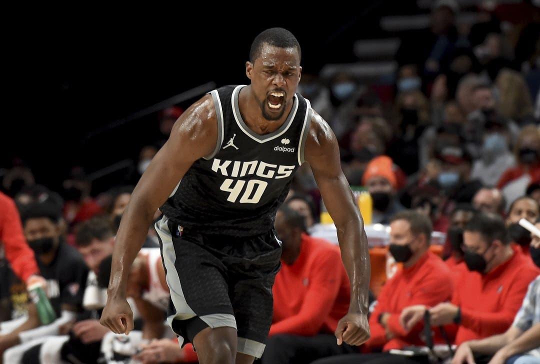Barnes dirige el ataque de Kings que sorprenden a Trail Blazers