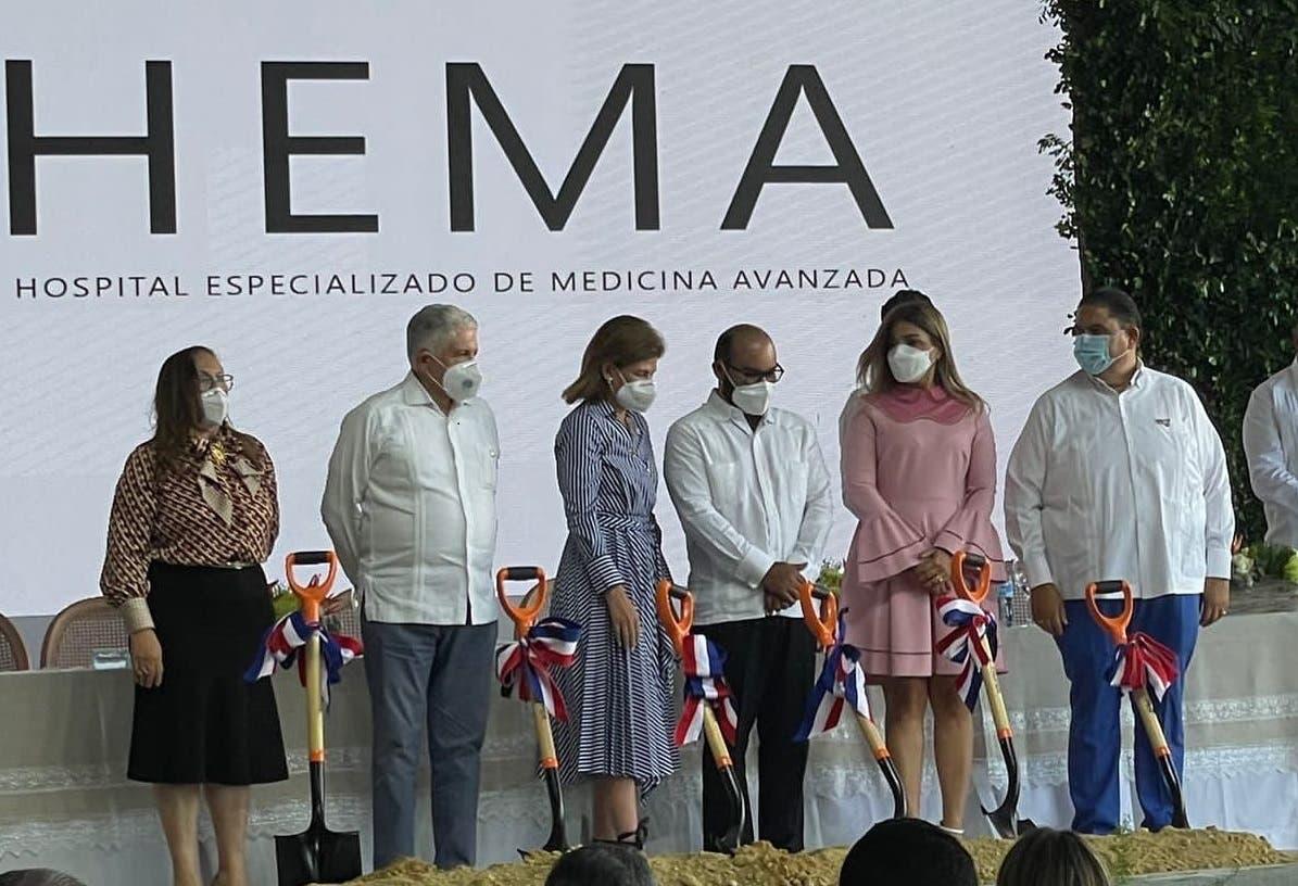 Tres mil millones catapultan ampliación y nueva clínica en Santiago
