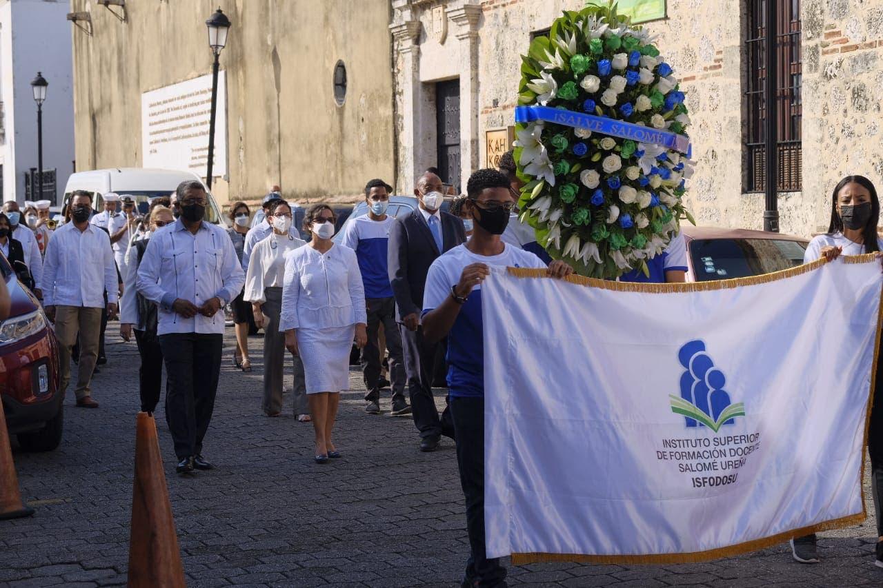 ISFODOSU conmemora el 171 aniversario del natalicio de Salomé Ureña