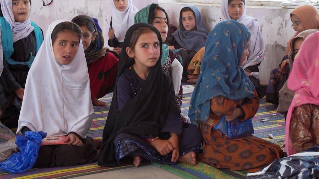 Los talibanes no ceden a las críticas por sus límites a la educación femenina