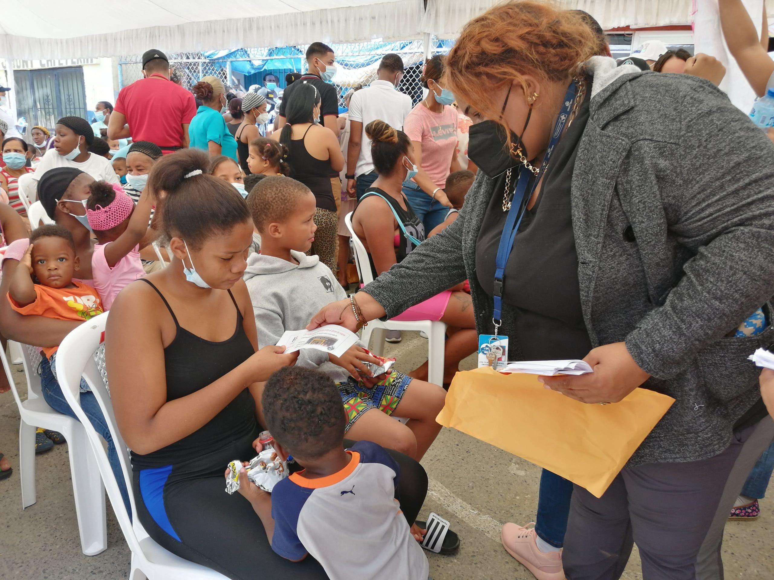 Realizan operativo médico en el barrio Capotillo