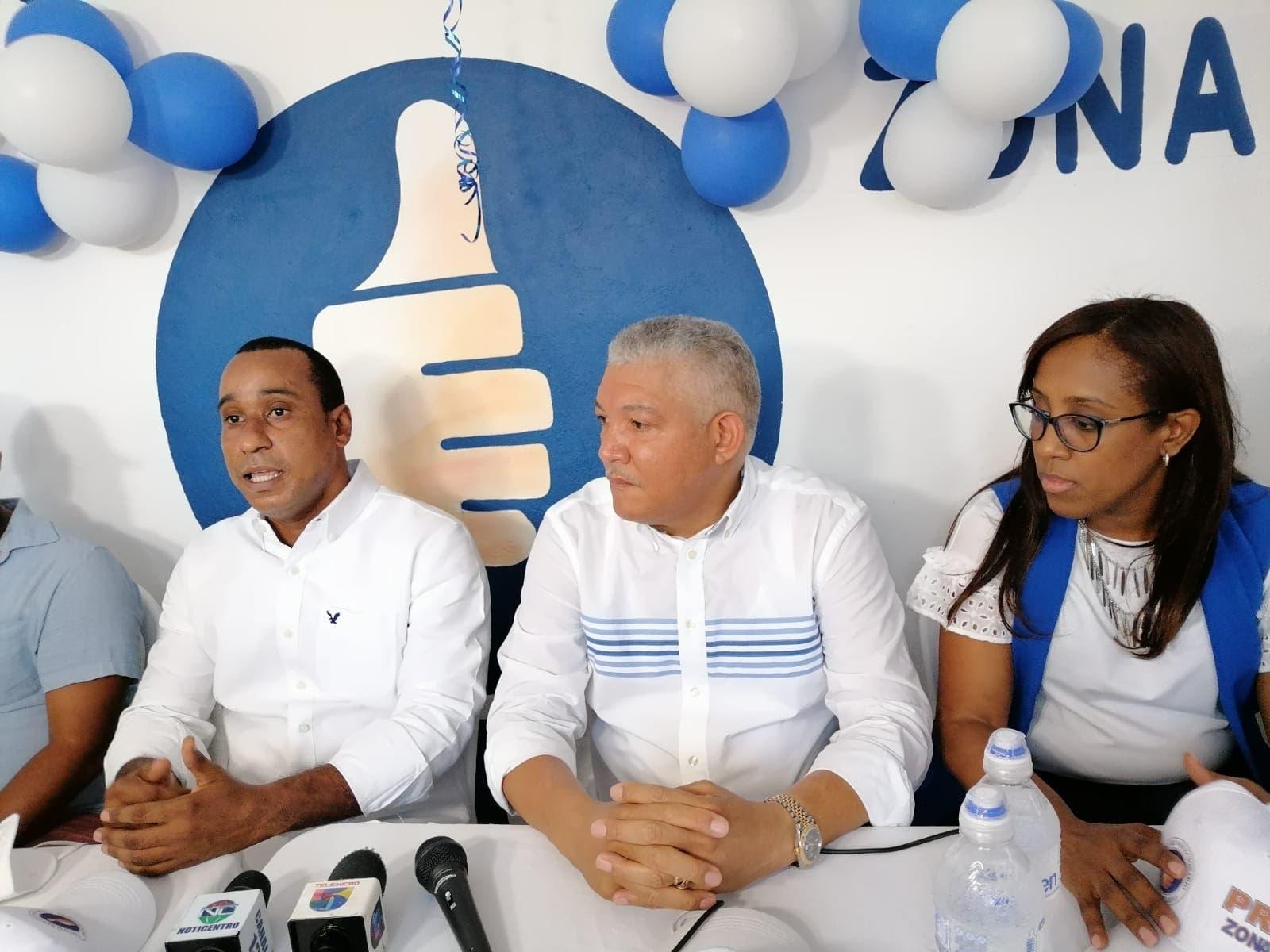 Dirigentes del PRM en SDO defienden transparencia de Abinader