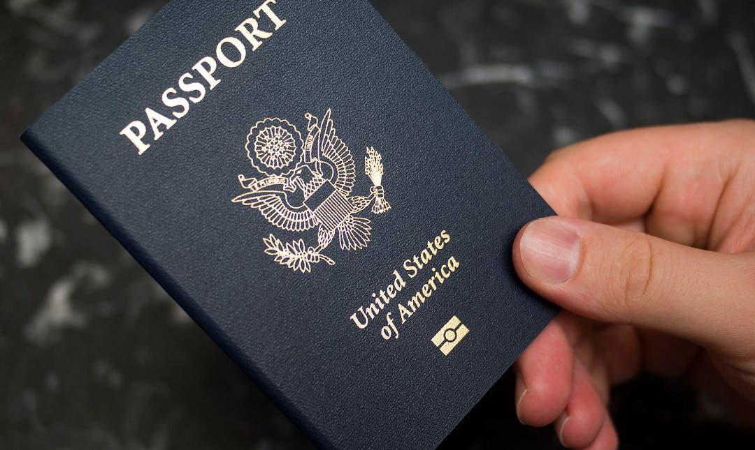 EE.UU. emite el primer pasaporte con marcador de género X