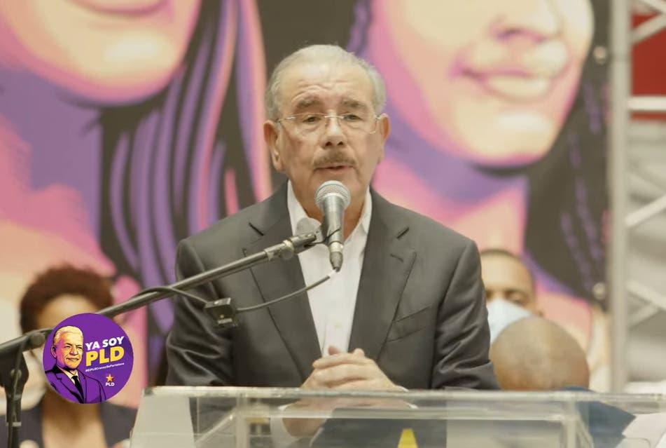Danilo Medina: el PLD no está muerto, estaba de parranda