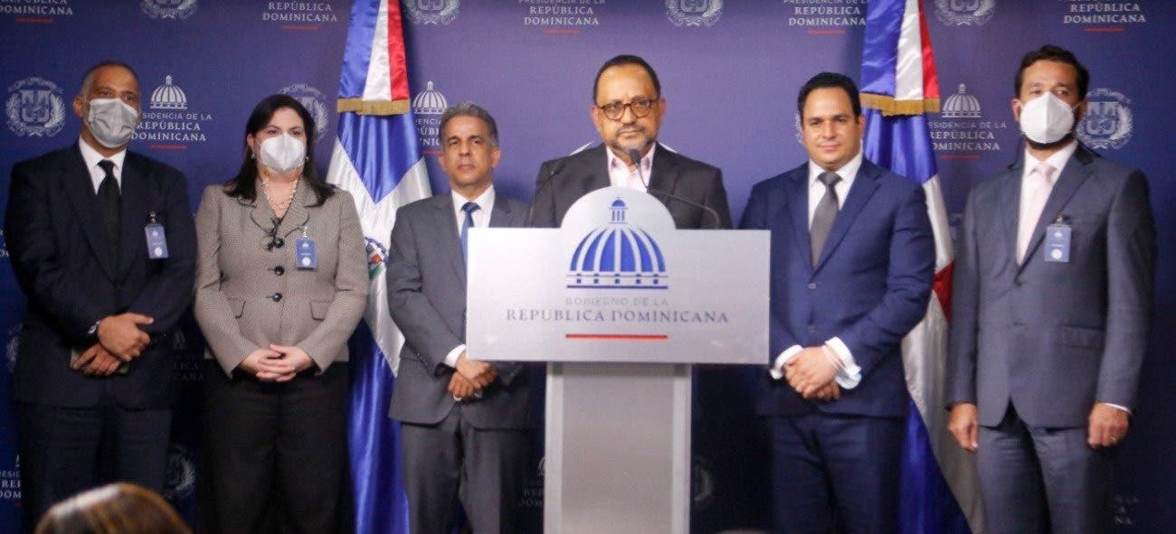 Ejecutivo firma contrato con abogados para recuperación Patrimonio Público