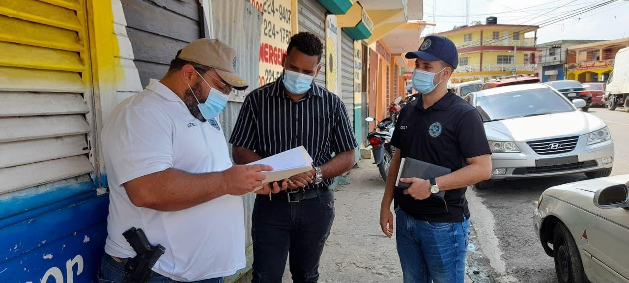 Cabo de la policía citado por la fiscalía tras amenazar de muerte a periodista