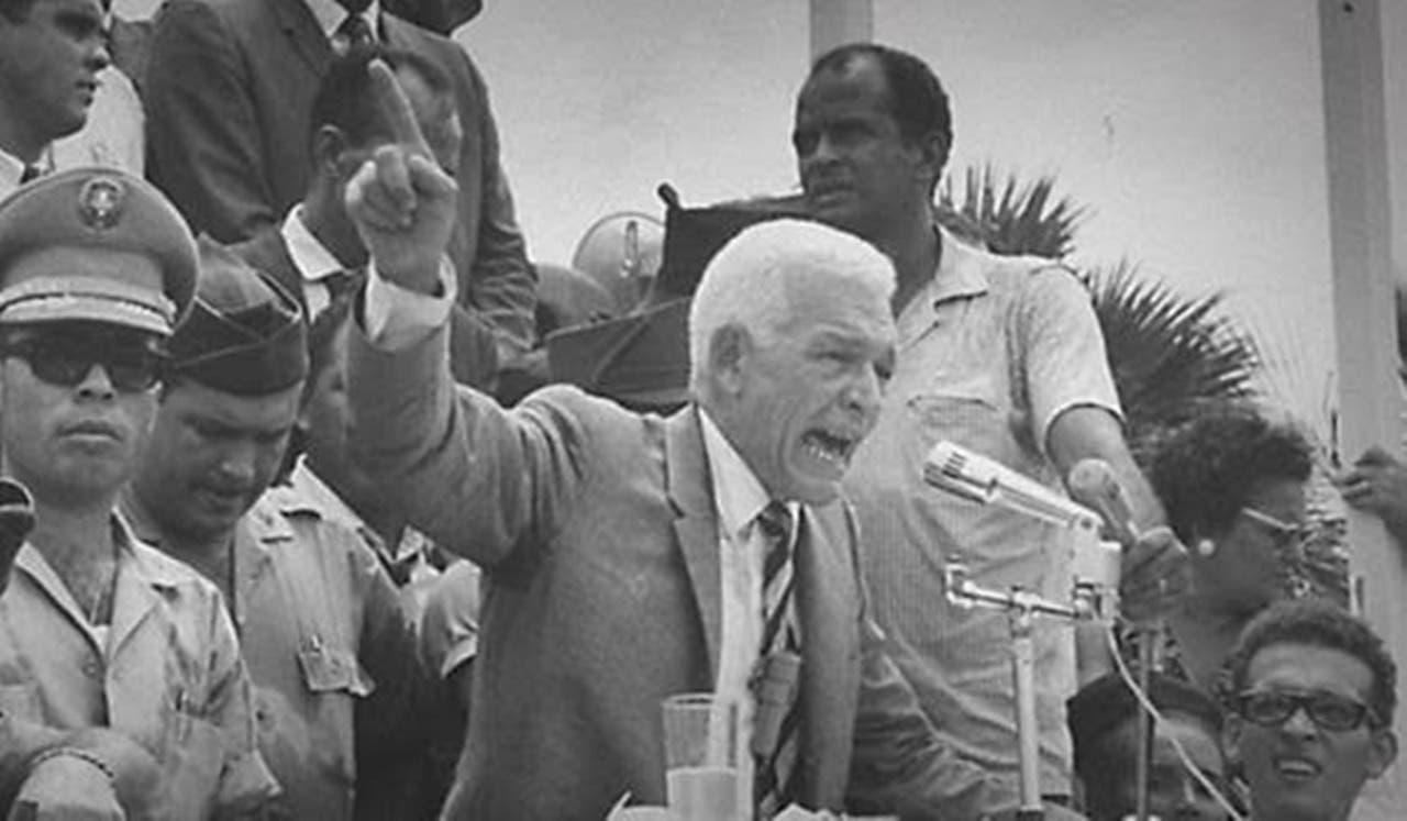 Conmemoran 60 aniversario del retorno de Juan Bosch al país
