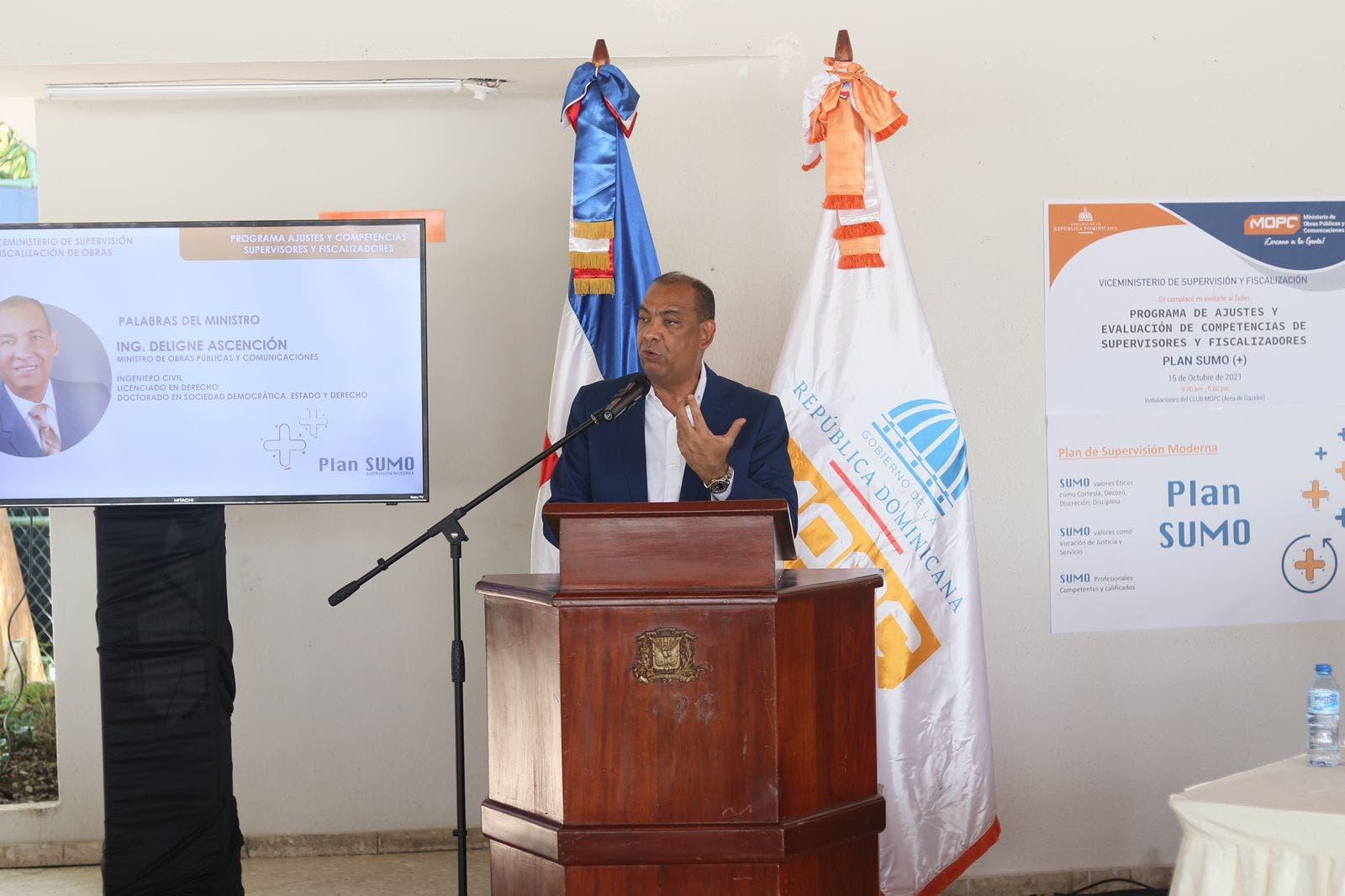 MOPC presenta Plan Sumo supervisión moderna
